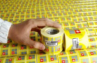 Etiqueta patrocinadas e produzidas pela Altronix para a Liga Portuguesa Contra o Cancro